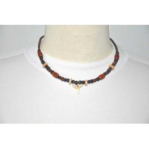 collier en perles de bois du br sil avec pendentif dent poisson produit artisanal 100 original. Black Bedroom Furniture Sets. Home Design Ideas