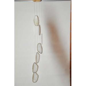 carillon vent en tranches brutes d 39 agates grises avec cristaux blancs produit sur bresil. Black Bedroom Furniture Sets. Home Design Ideas